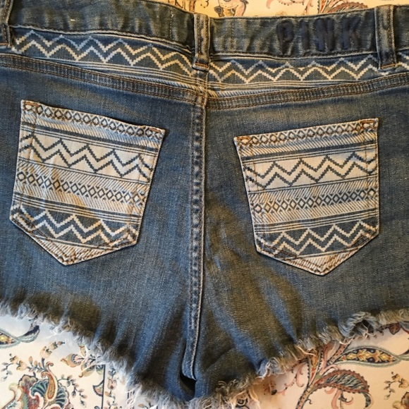 PINK Victoria's Secret Pants - 💥 SOLD! 💥 ✨Victoria's Secret Pink✨ Jean shorts!